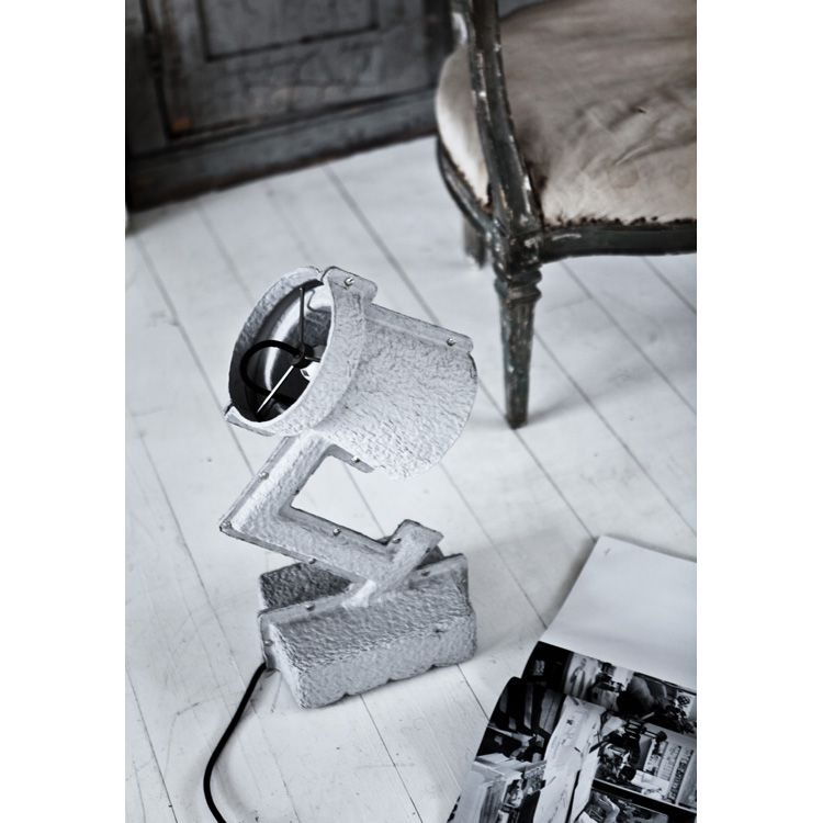 TrashME table lamp VV1 ryhmässä Valaistus @ RUM21 AB (105430)