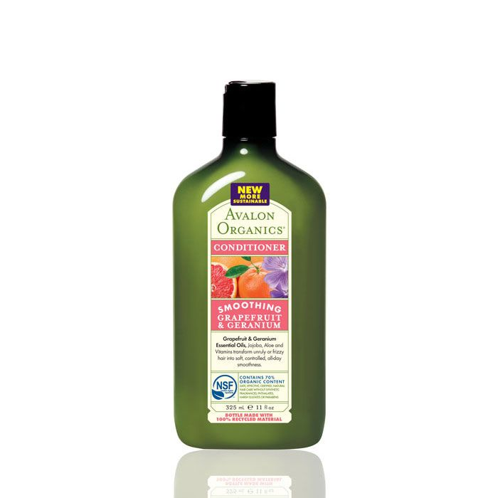 Avalon Organics Grapefruit & Geranium Smoothing Conditioner with rich plant emollients plus Vitamin E, Guar, Jojoba and natural Oils which help repair hair damage, control frizz and seal the hair cuticle to protect from humidity for disciplined, long-lasting smoothness. #organic #natural #'conditioner #avalon £5.99