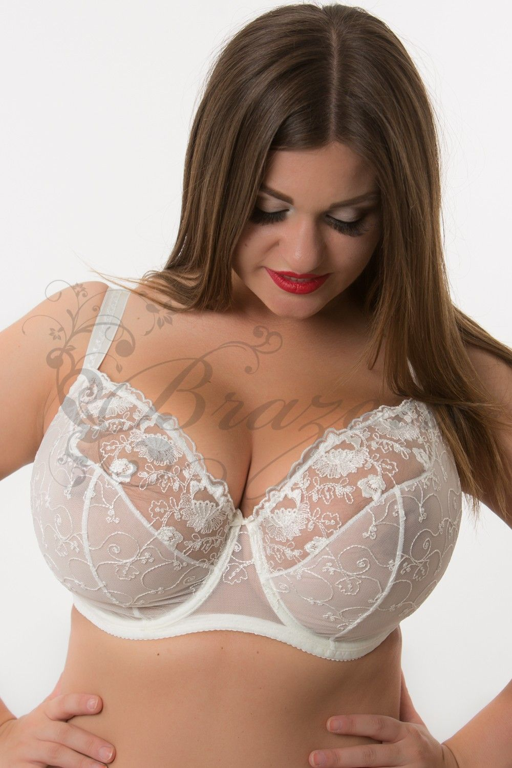08967ab10 Soft cup bra in a large chest of Lupoline - BRAZERIE