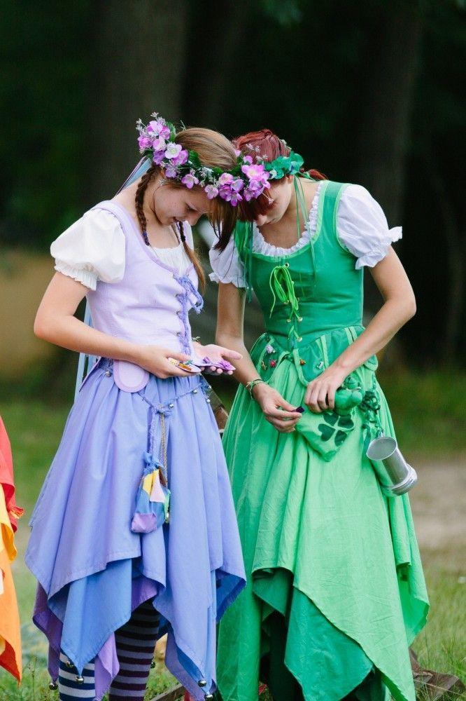 #pretty #dancer #renaissance #festival... I think these are MRF peasant dancers