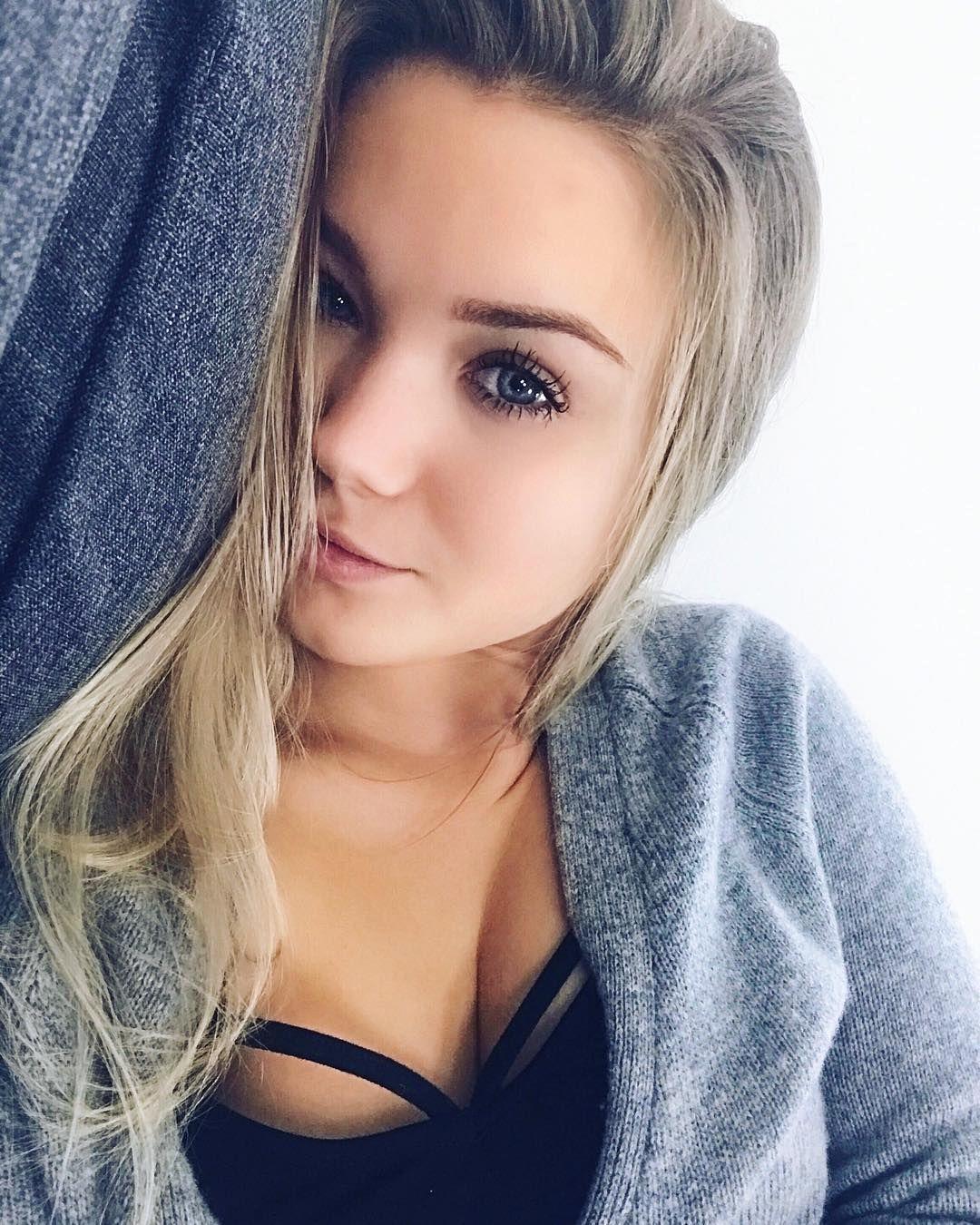 Julia beautx bikini