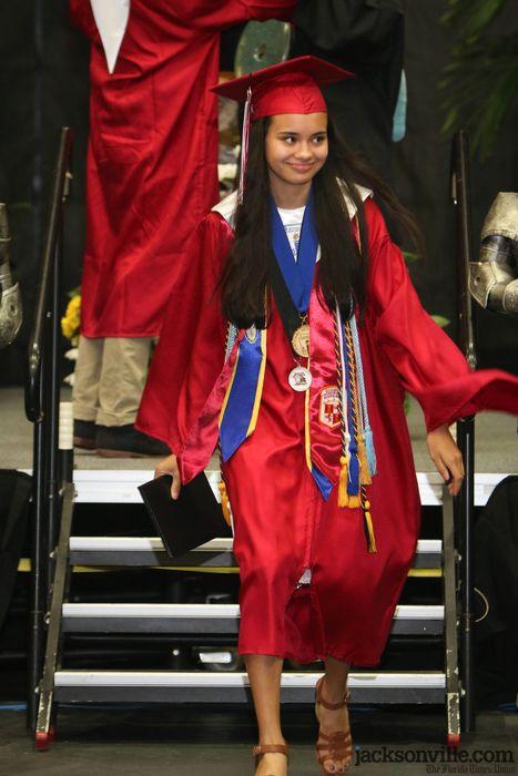 150530-Creekside_Graduation-Vernacotola-0094.jpg