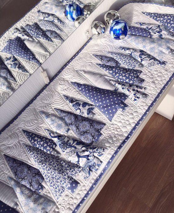 Photo of Langer Tischläufer Winter Quilt Bett Läufer Buffet Topper weiß-blau Kamin Akzent Mittelstücke für den ganzen Winter Santa Stück Quilt