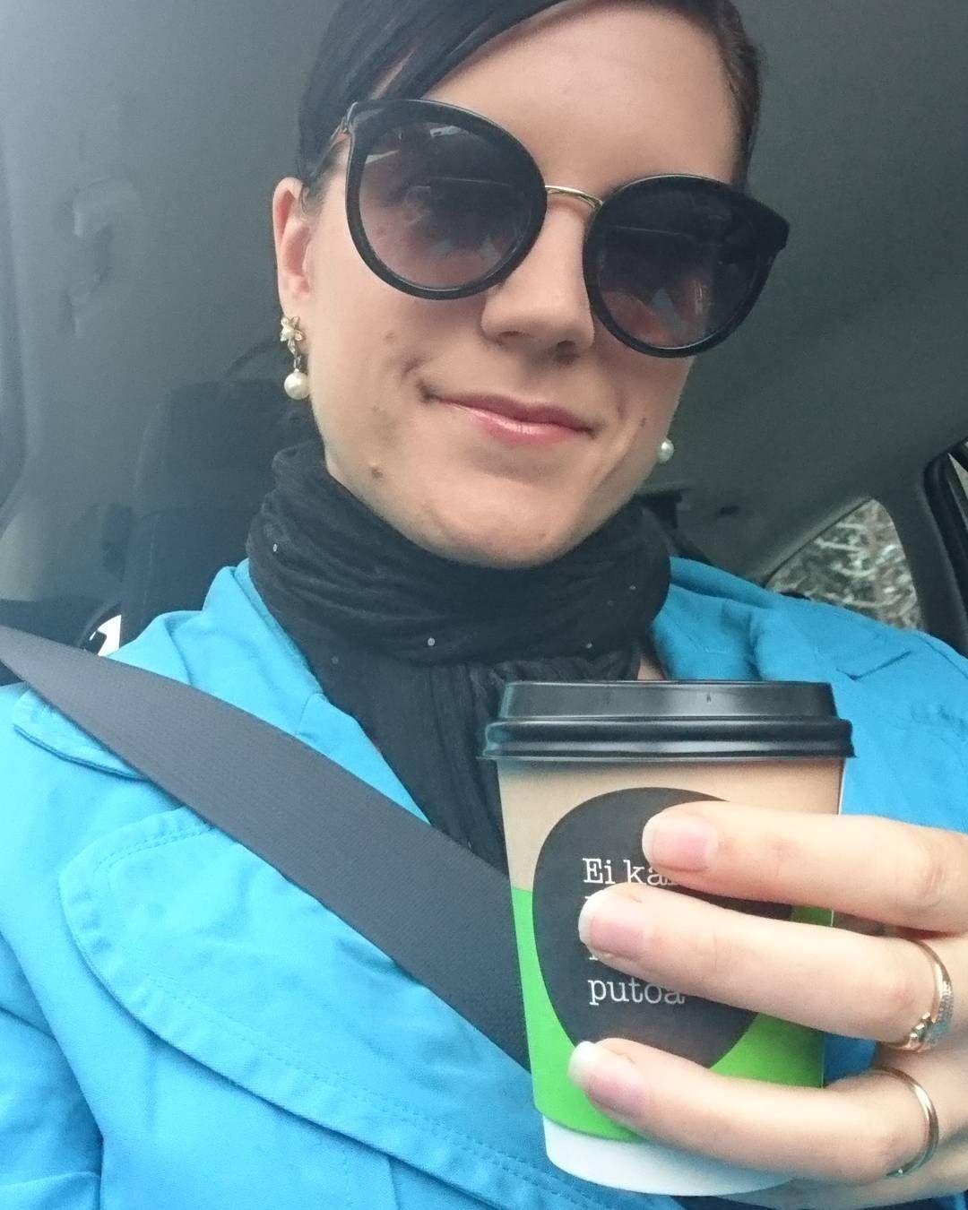 #Shoppingday  #TakeAwayCoffee #Coffee #car #shopping #day #shoppailupäivä #shoppailu #takeaway #kahvi #abc #dolce_gabbana by jonnah_a