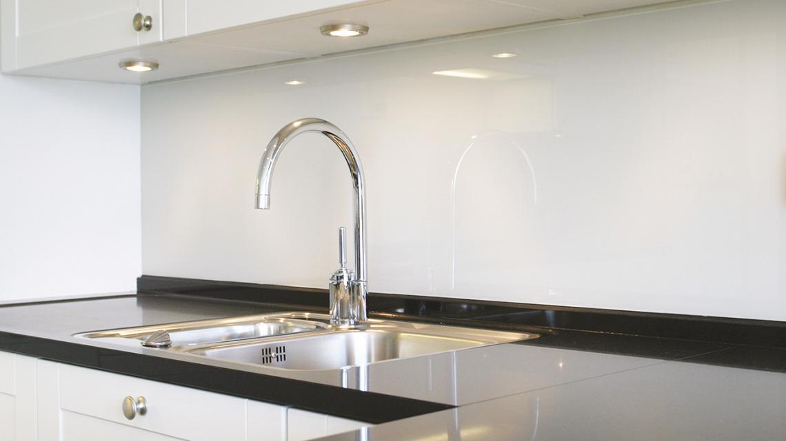 Martens Glas Design - Glazen keuken achterwand - Hoog ■ Exclusieve woon- en tuin inspiratie.