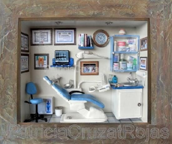 Love It!! Miniature Dental Office Room Box, Excellent
