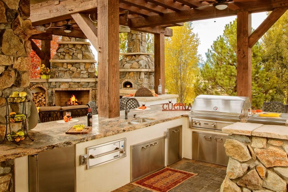 trendige Ideen Outdoor Küche gestalten und einrichten Naturstein - Küche Einrichten Ideen