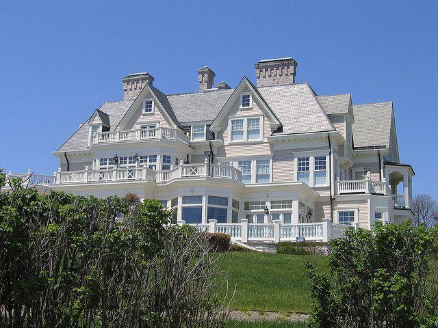 Newport mansions newport rhode island rhode island for Rhode island home builders