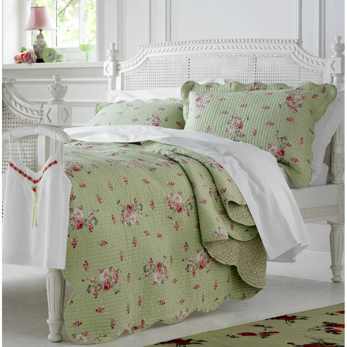 Green Bedspreads And Comforters Home Bedding Bedspreads Country Rose Bedspread Green