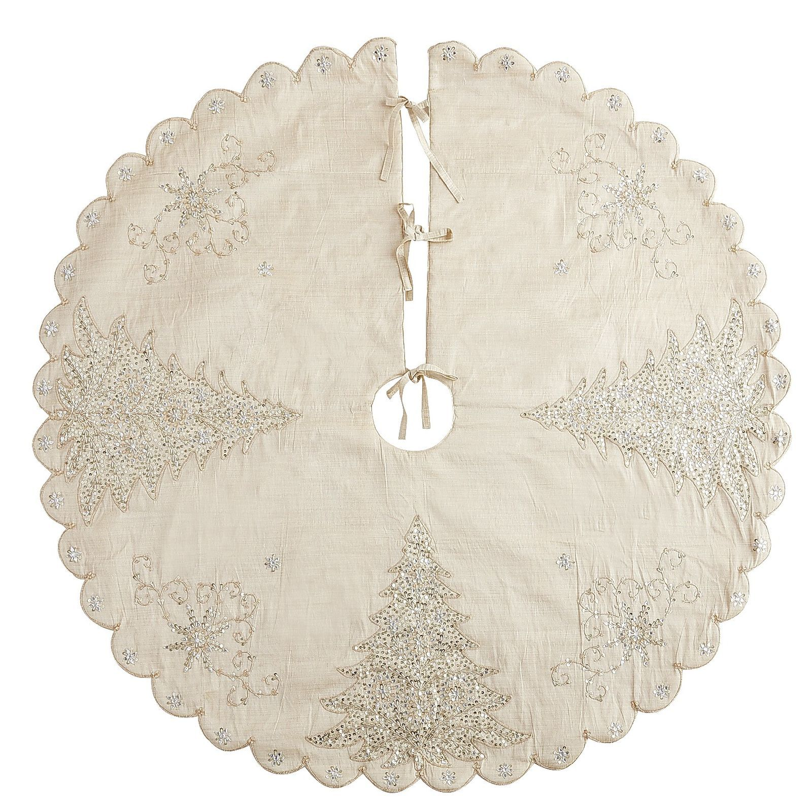 A Vision In White And Gold Our Tree Skirt Sparkles With Bead Embellished Em Diy Christmas Tree Skirt Christmas Tree Skirts Patterns White Christmas Tree Skirt