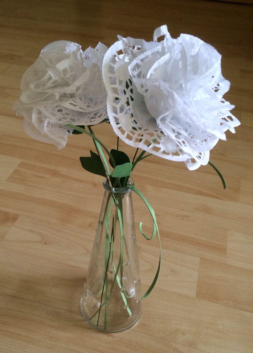 Blumen Ganz Schnell Aus Papier Spitzendeckchen Gemacht Flowers