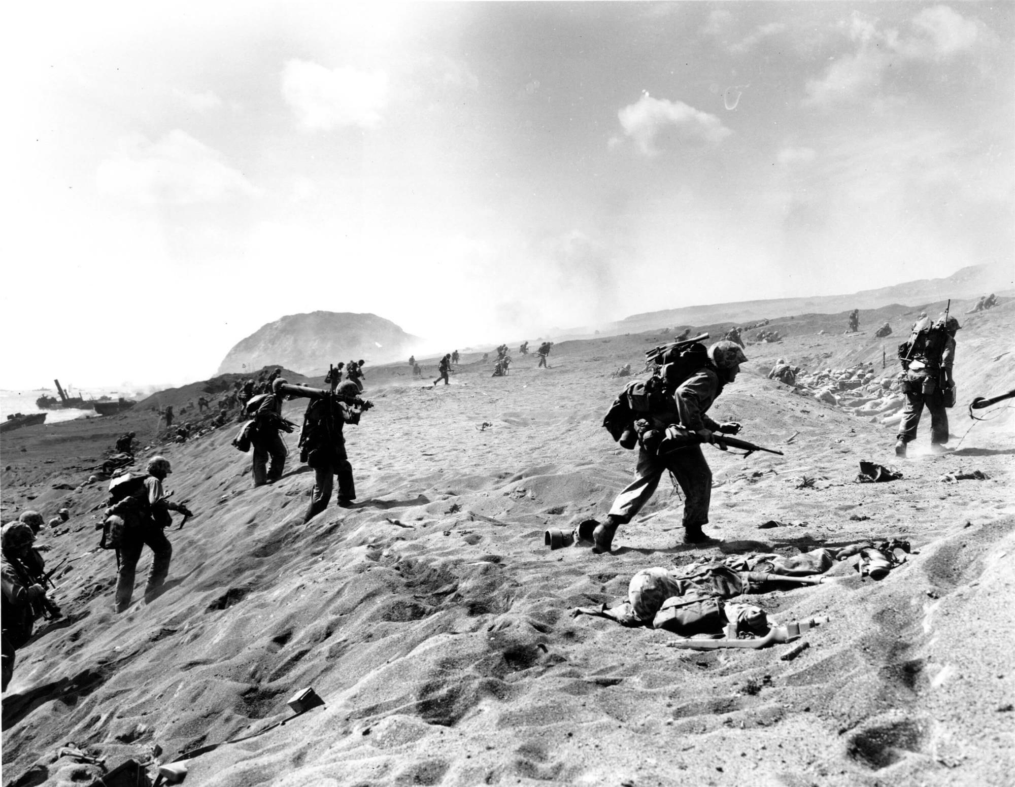 CAMINO AL SURIBASCHI, Marines de la cuarta división se adentran en ...