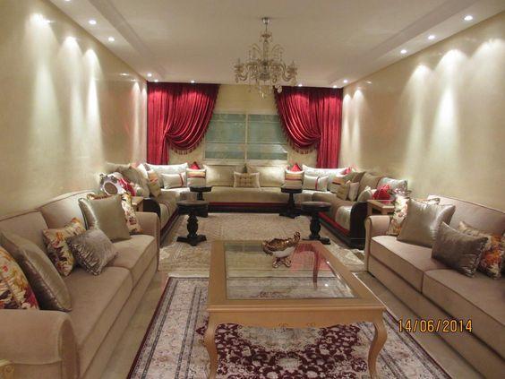 Grand salon classique crème et rouge dans Salon marocain . Idée ...