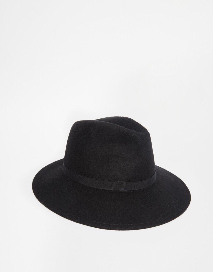 e351fe404adcb Shop River Island Felt Fedora Hat at ASOS.