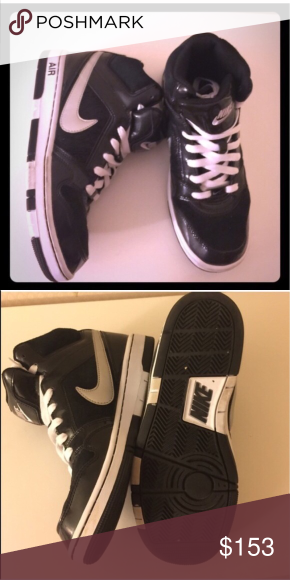 Nike Size 8 Back and White Nike Shoes Size 8. Worn a few