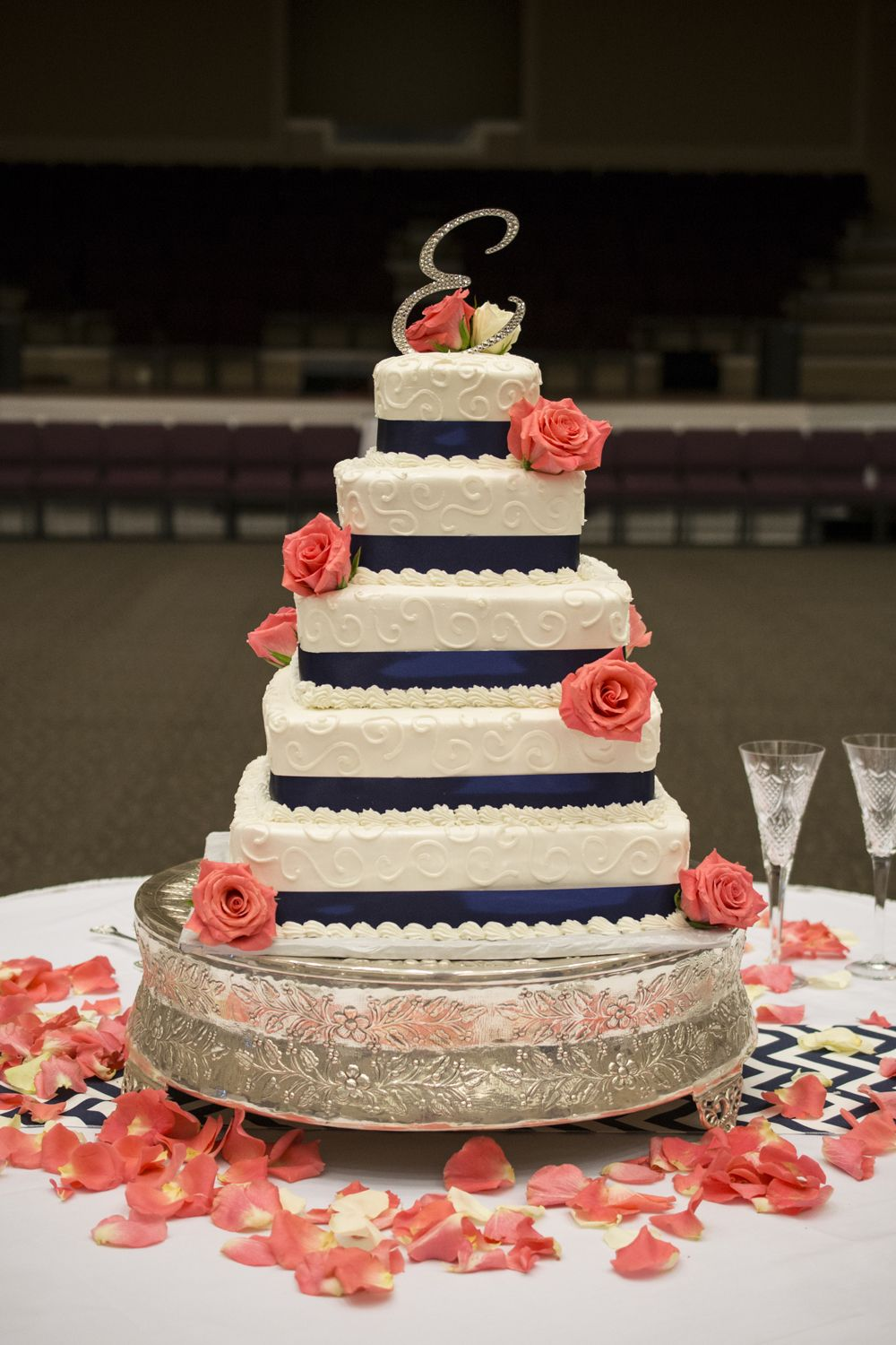 navy blue and hot pink wedding cake navy blue and coral wedding cakes images wedding cakes 17751