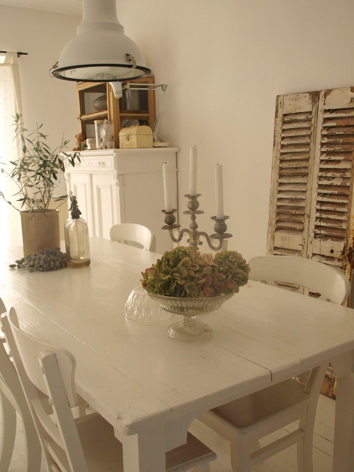 brocante woonkamer - Google zoeken - white living / wit wonen ...