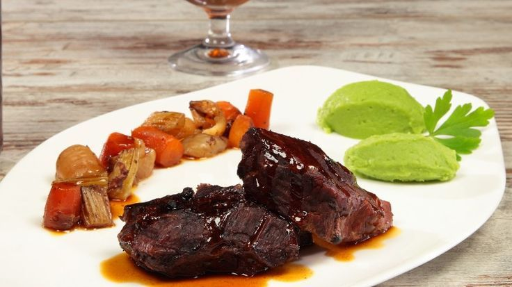 Photo of Cooked cheek at low temperature with potato puree and pr ……