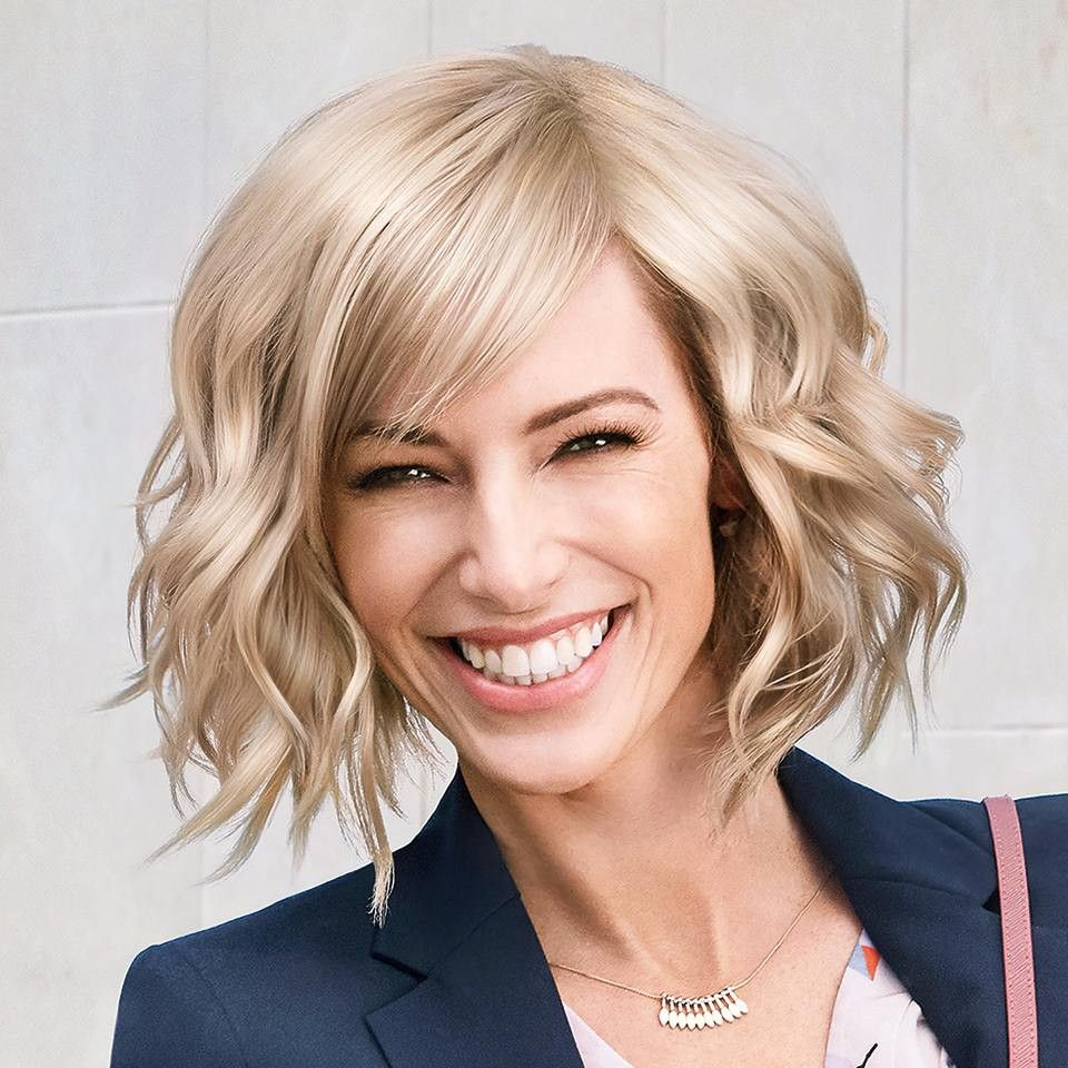 98 Wonderful Haircuts That Will Look Fantastic On Round Faces 2020 In 2020 Trending Haircuts Trending Haircuts For Women New Mom Haircuts