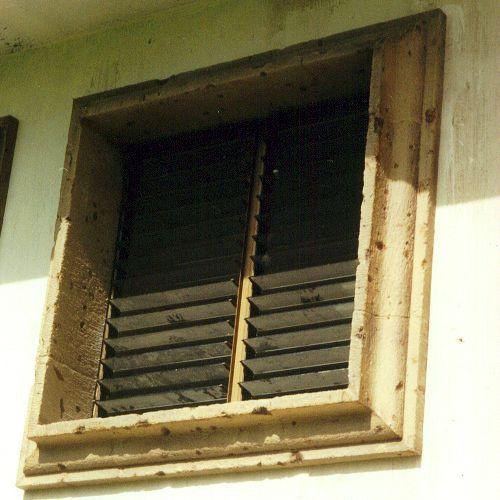 Molduras para ventanas exteriores acabados para fachadas exteriores with molduras para ventanas - Molduras decorativas pared ...