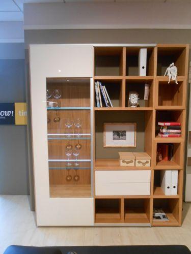 Grafik Fur Hulsta Vitrinenkombi Now Time In Kika Fireplace Shelves Shelves Home Decor