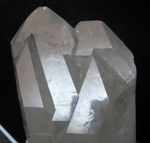 Twin Clear Quartz crystals form a huge Trigonic Record Keeper ...