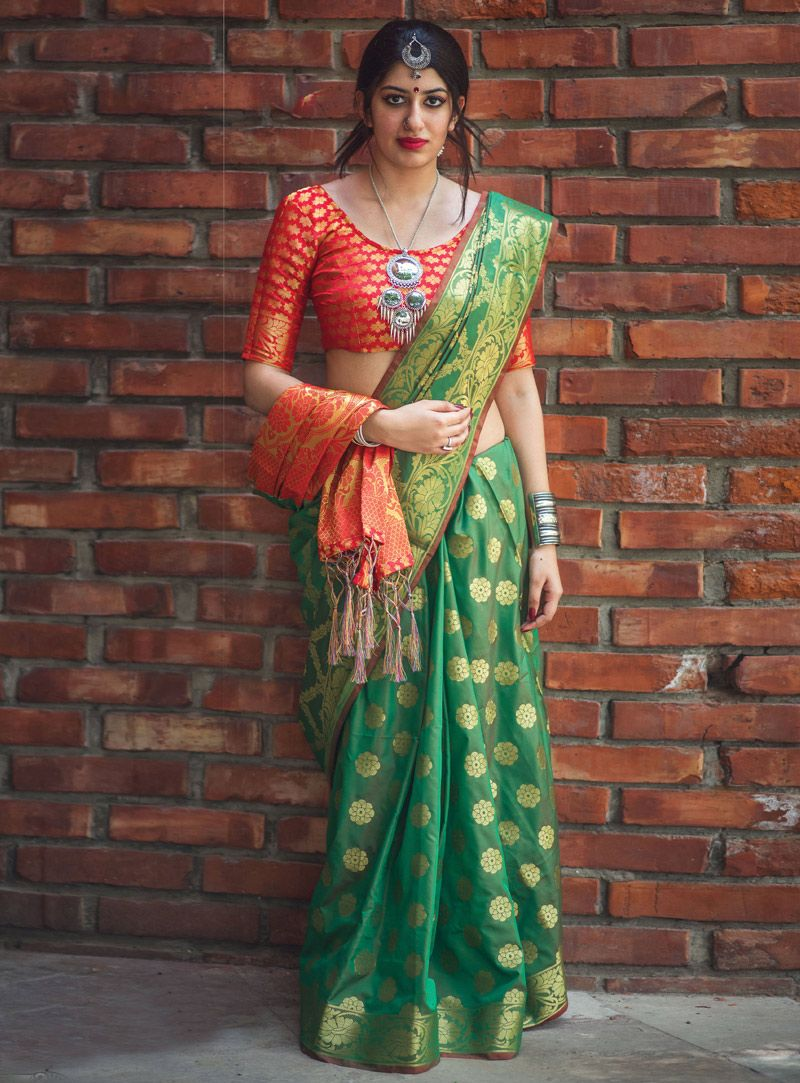 c4afa3ca13796 Buy Green Silk Saree With Blouse 127514 with blouse online at lowest price  from vast collection of sarees at m.indianclothstore.c.