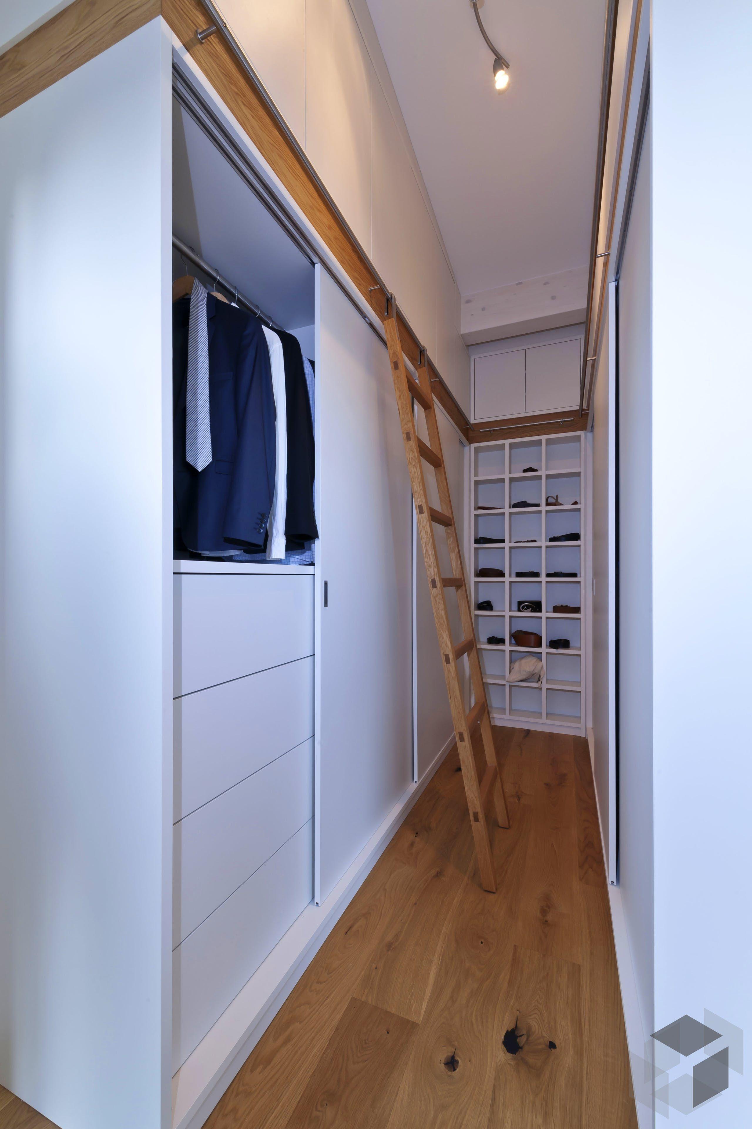 Bullinger Kundenhaus Von Baufritz Fertighaus De Bau In 2020 Begehbarer Kleiderschrank Begehbarer Kleiderschrank Ideen Begehbarer Kleiderschrank Klein