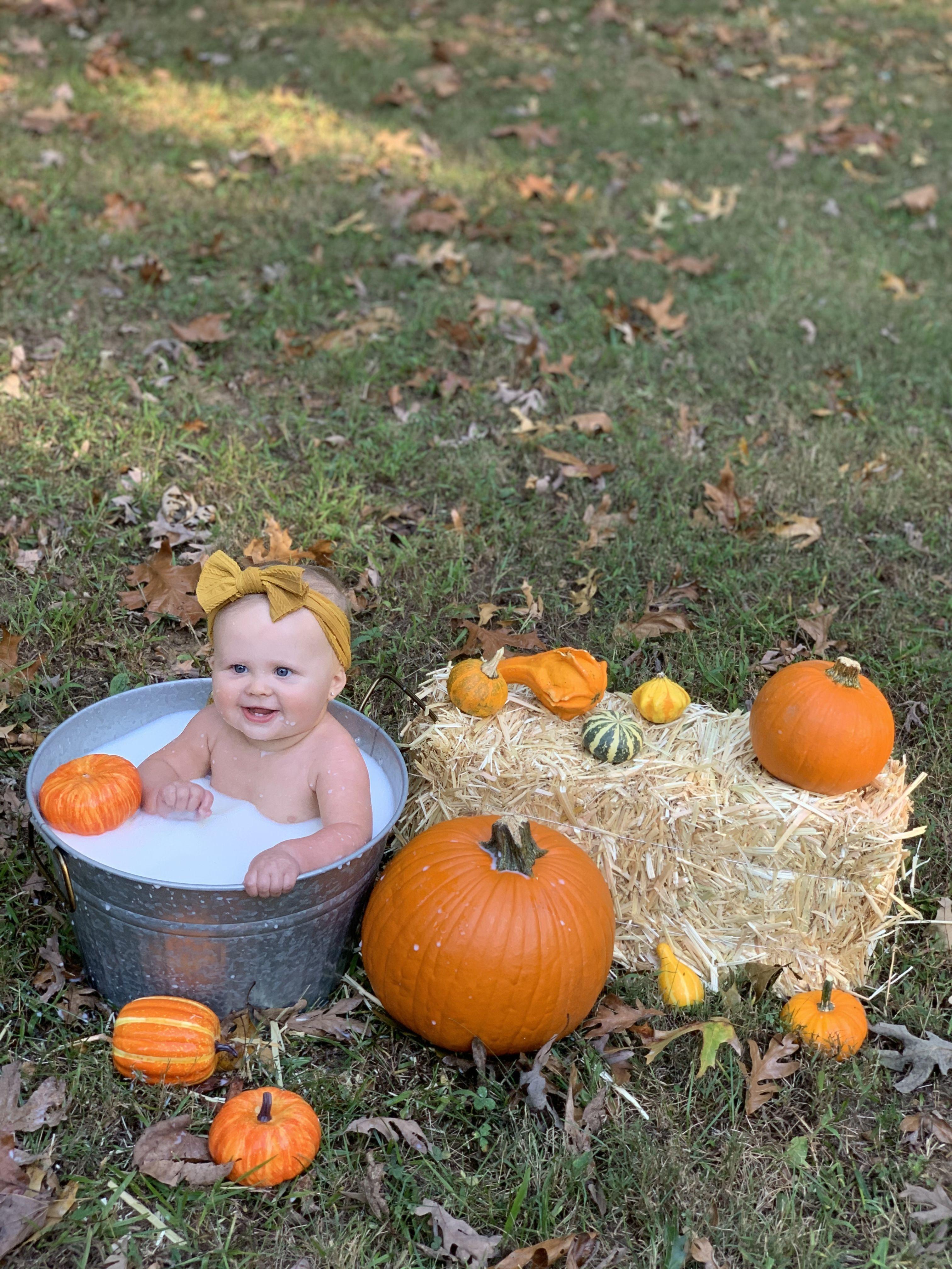 Fall baby milk bath!! #fallfun #pumkinmilkbath #babymilkbath #fallmilkbathbaby #milkbath