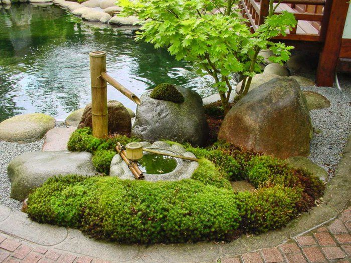 japanischer garten bambus brunnen gestalten natursteine gartenteich gr ne pflanzen japan. Black Bedroom Furniture Sets. Home Design Ideas