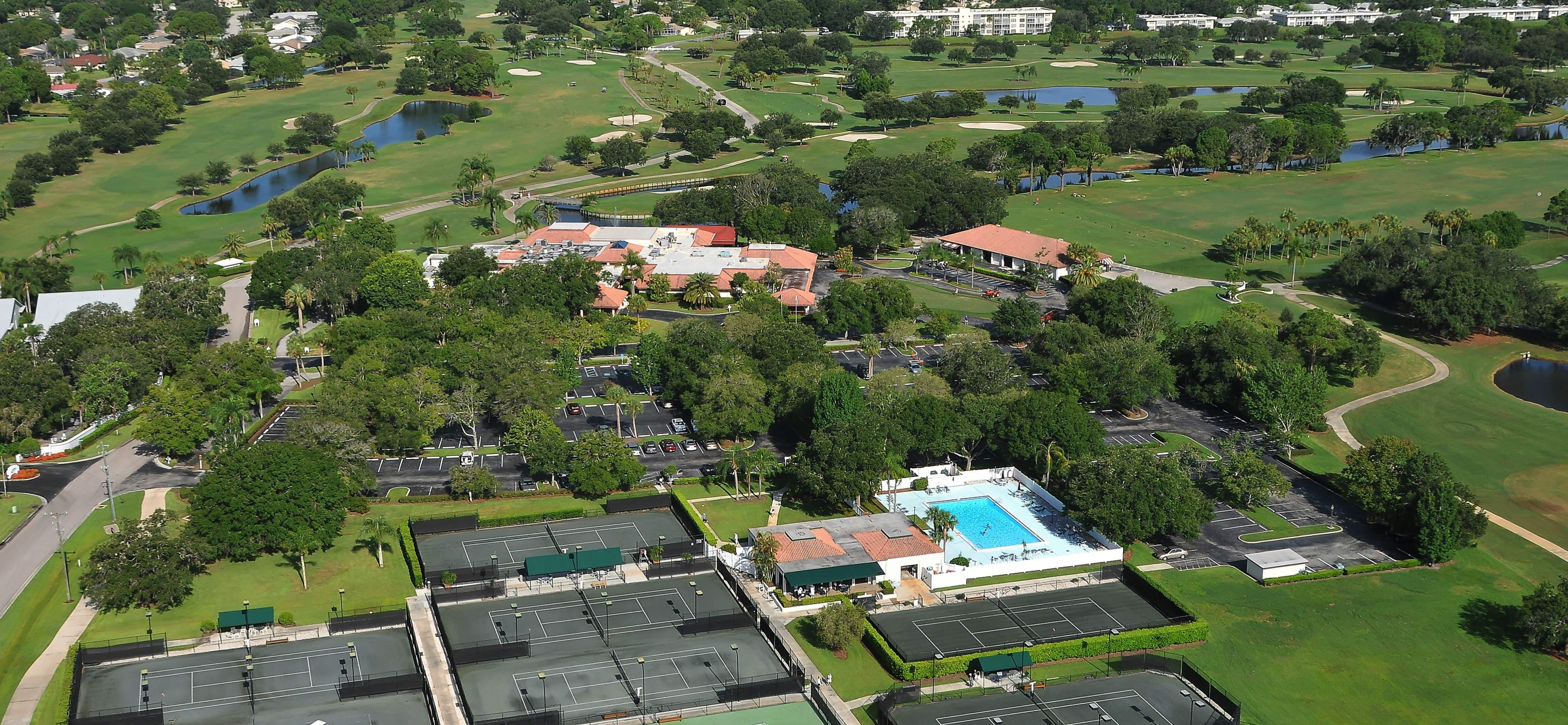 Palm Aire in Sarasota Homes for Sale with Condos, Villas