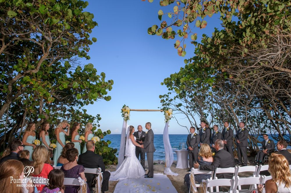 Lauren Kevin S Jupiter Beach Resort Wedding Jupiter Beach Resort Beach Wedding Photography Palm Beach Wedding