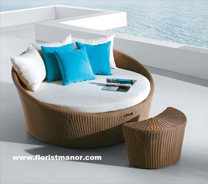 china round rattan garden patio outdoor furniture daybed sofa set find details about china rattan furniture garden furniture from round rattan garden patio