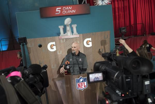 Super Bowl Li Dan Quinn Atlanta Falcons Shrug Off Inexperience With Images Atlanta Falcons Quinn