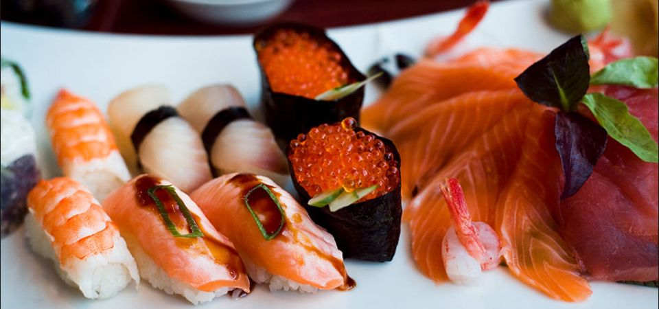 Have You Ever Searched Google About Japanese Restaurants Near Me Find Out What Japanese Cuisine Can Offer You And Why It S A Mu How To Make Sushi Food Sushi