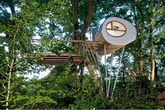 Luxurious Prefab Treehouses Do Care For Trees Architecture