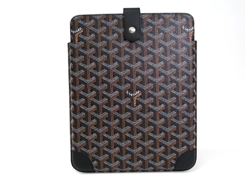 #GOYARD Pad Case Device Case Leather/Canvas Black (BF076624). Authenticity guaranteed, free shipping worldwide & 14 days return policy. Shop more #preloved brand items at #eLADY: http://global.elady.com