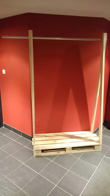 Penderie en palette bois et m tal industriel c line g surf decor armoire et diy - Penderie fait maison ...