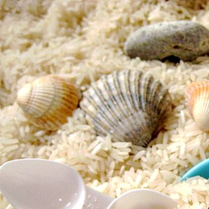Make a Seaside Sensory Bin