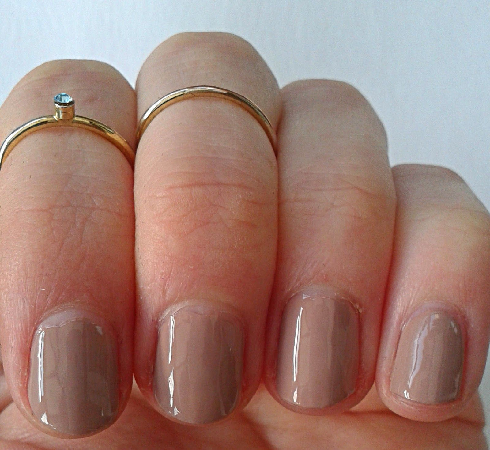 Nude Nails, using Seventeen\'s Gel Colour in Mocha-tini. I used ...