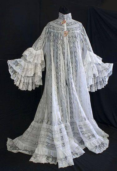 8c87c5499c Ruffled lace and cotton peignoir