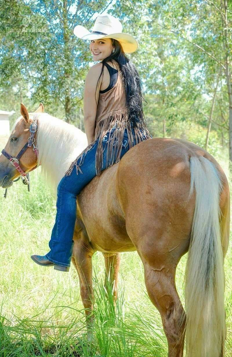 Beautiful Young Lady Cowgirls And Gun Girls In 2019