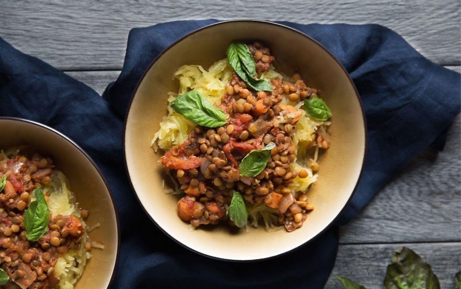 10 Slow Cooker Recipes Under 355 Calories (Beyond Soup