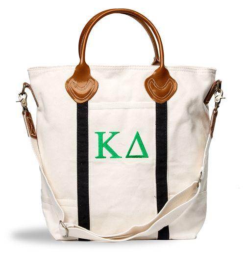 Kappa Delta Flight Bag. www.sassysorority.com #kd #flightbag #monogram #travel #kappadelta #sassysorority