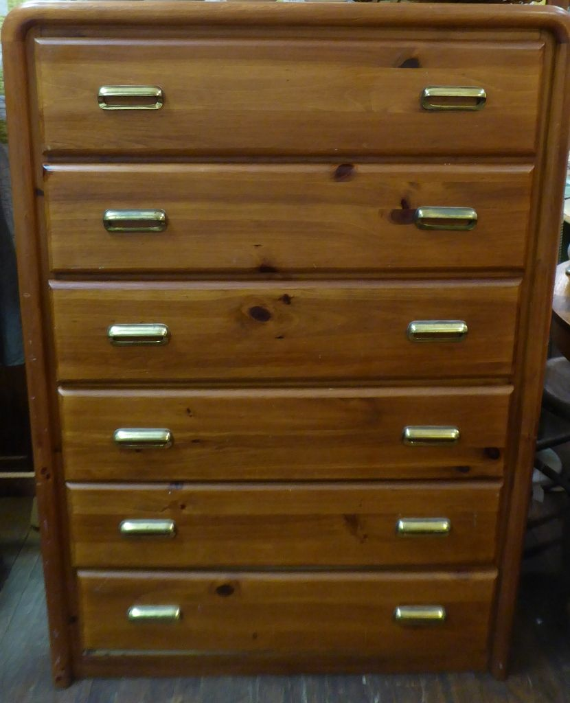 Best Broyhill 6 Drawer Dresser Booth 150 125 00 Dresser 400 x 300