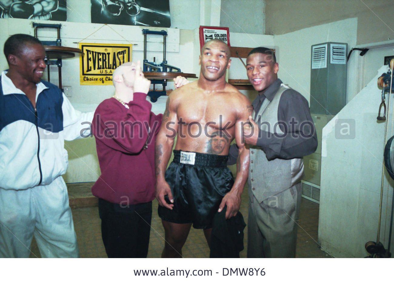 ¿Cuánto mide Mike Tyson? - Altura - Real height 3cd1da10f06ee444299f838e0a66390b