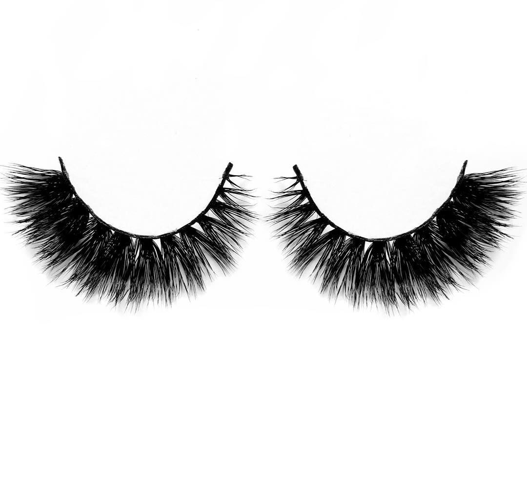 d68d3ed5994 My Lash Wish lashes in 'Smoke Shack'. Criss-crossed all the way to dramatic  perfection with more dense volume at the outer corner.