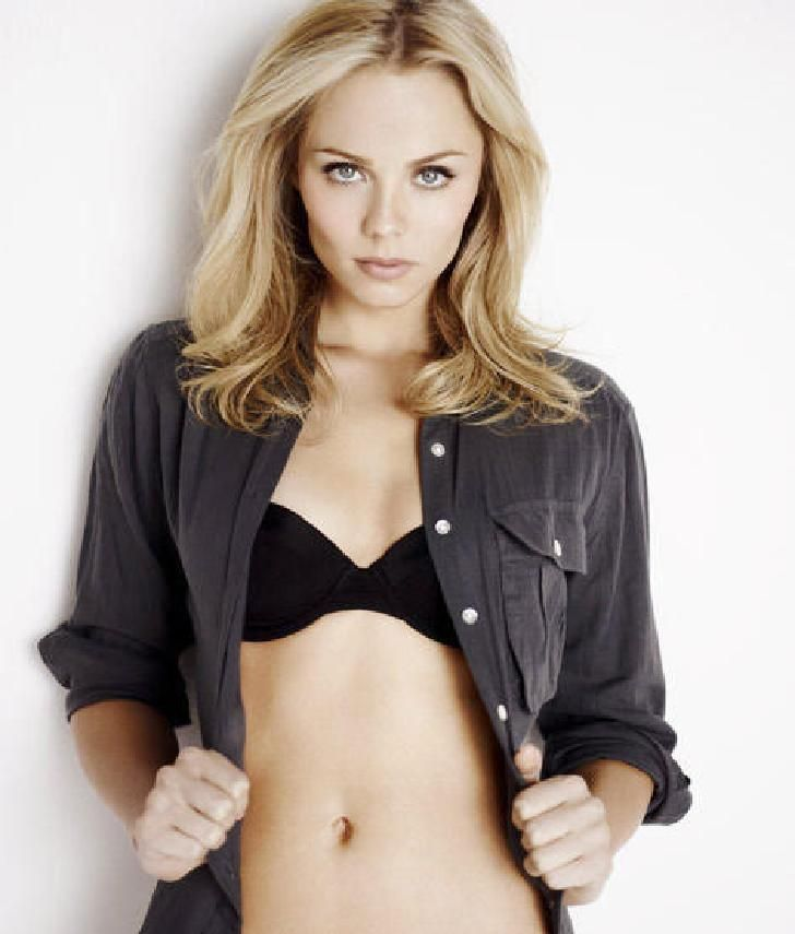laura vandervoort leather