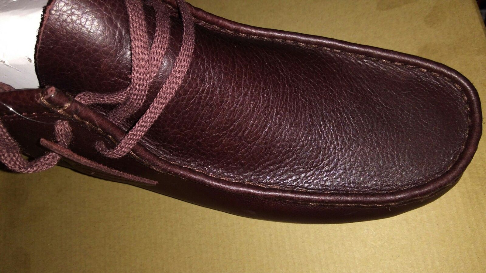 #Top part of #Wallabees is #splitgrain and the rest is #fullgrainleather by #ClarksUSA