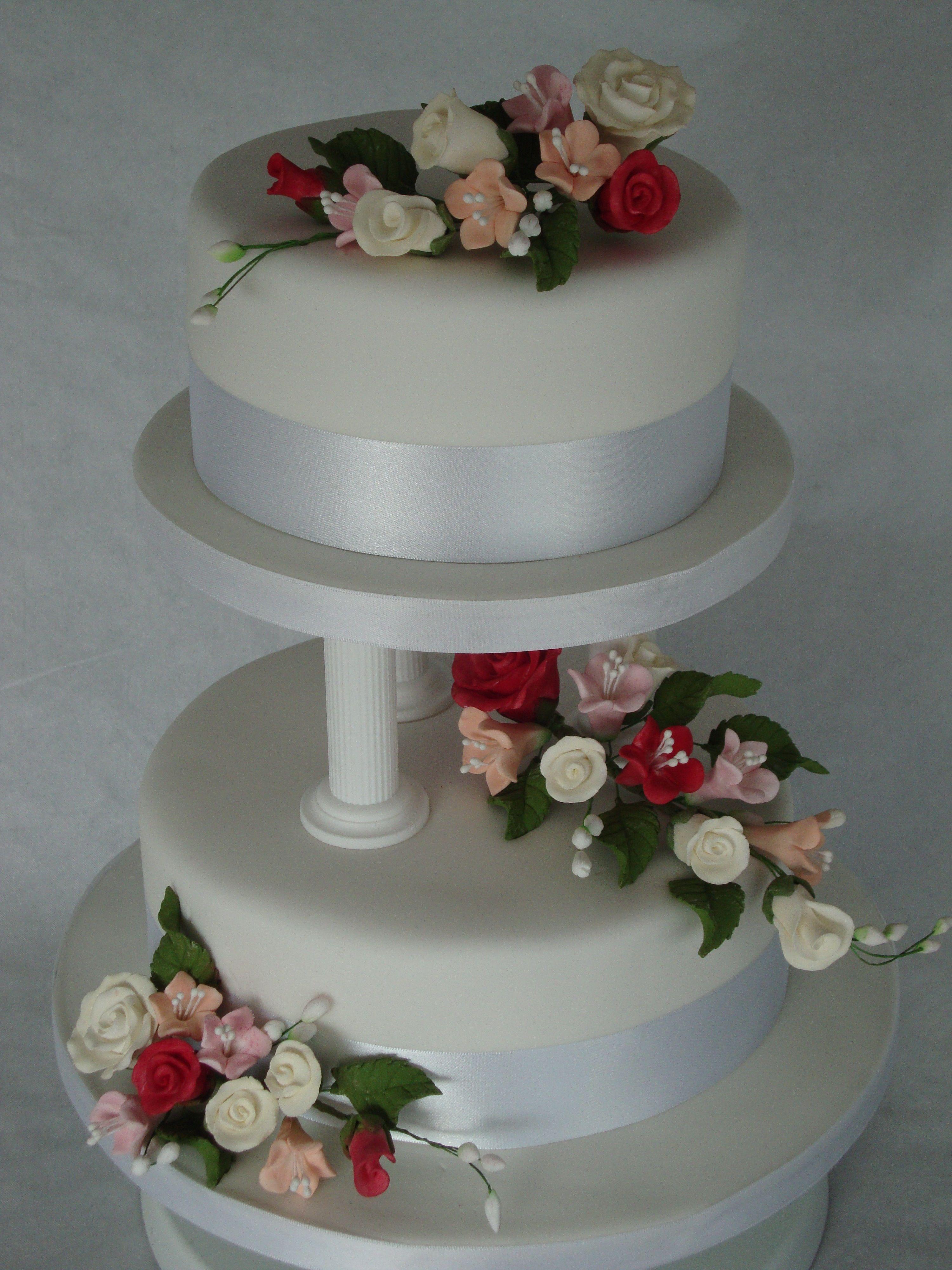 Pillar Wedding Cakes Home Gt Wedding Cakes Gt 2 Tier